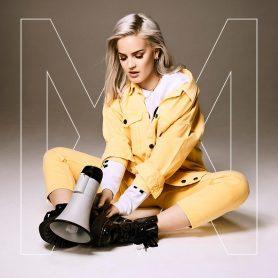 La cover del nuovo disco di Anne-Marie
