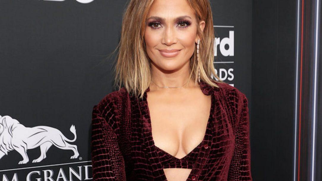 """Jennifer Lopez: è pronto il remix di """"El Anillo"""" con Ozuna"""