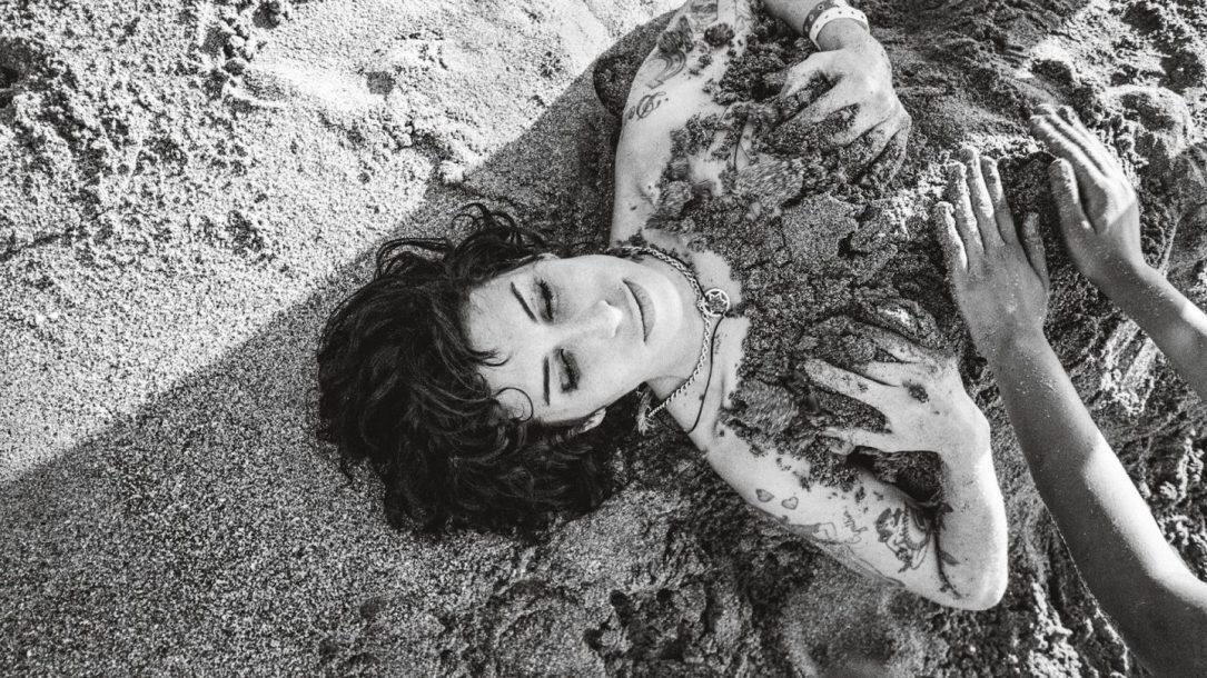 Amy Winehouse. Cariblue Beach, Saint Lucia 2009