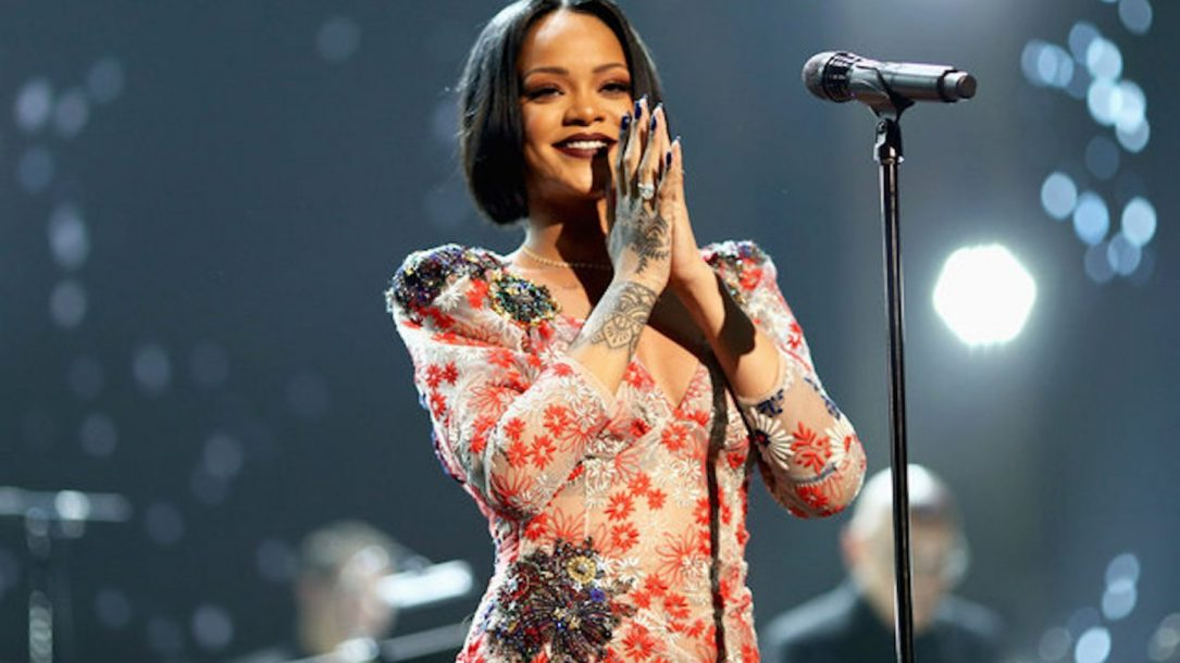 Rihanna: entro l'anno un documentario sulla sua vita e sulla sua carriera