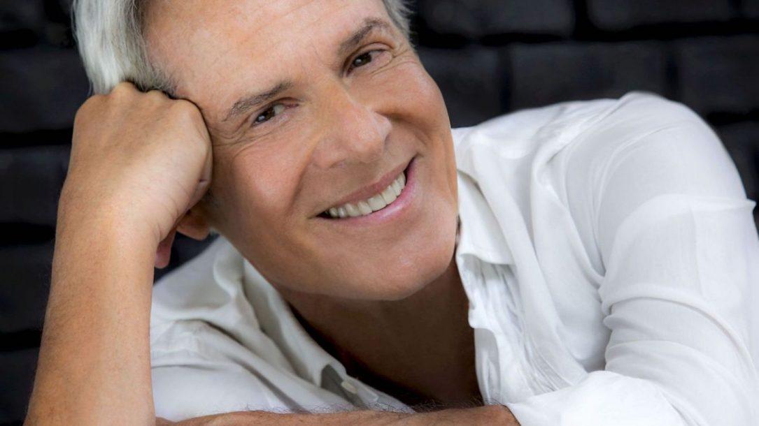 """Claudio Baglioni sta riscuotendo un grande successo per le vendite del suo """"Al Centro Tour"""""""