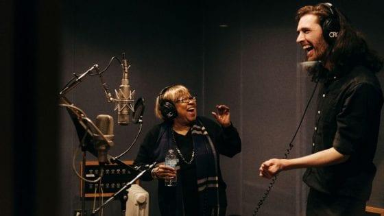 """Hozier e Mavis Staples insieme per """"Nina Cried Power"""""""