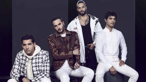 """I Reik hanno pubblicato il brano """"Amigos con Derechos"""" insieme a Maluma (qui nella foto insieme a loro)"""