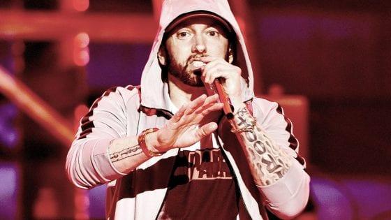 """Eminem ha cantato """"Venom"""" sull'Empire State Building per una puntata del Jimmy Kimmel Live!"""