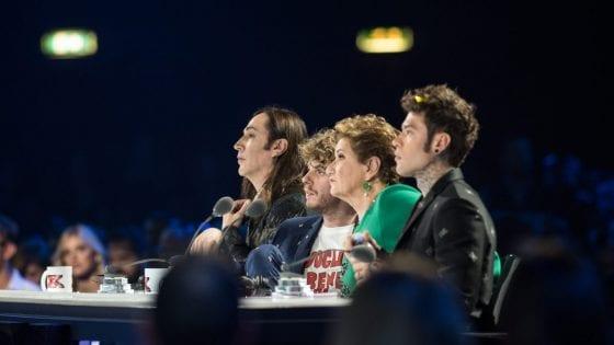Ieri sera sono iniziati i primi Live di X Factor 12. Il primo eliminato è Matteo Costanzo della squadra di Fedez